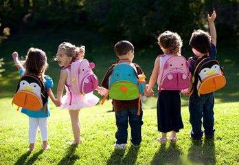 贴心父母为孩子 选择幼儿园注意须知 不要盲目追求幼儿园等级