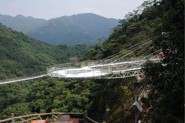 高空玻璃观光挑战世界纪录